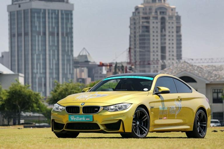 BMW M4 COUPE AUTO