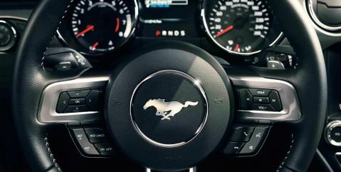 Mustang steering wheel