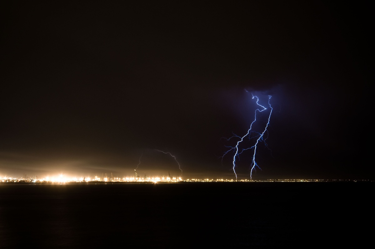 lightning strike at harbour